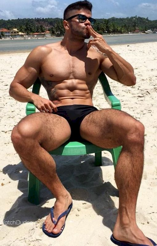 Muscle Straight Jocks Fuck on the Beach