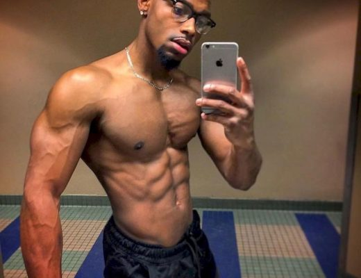 Amateur Male Nudes and Men Naked Selfies